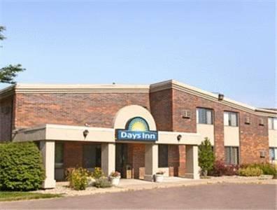 фото Days Inn Sioux Falls Airport 596939790