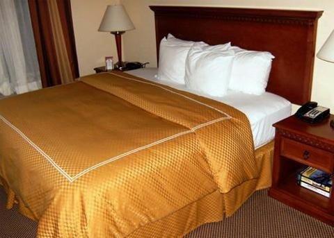 фото Comfort Suites Cincinnati 596944552