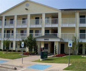 фото Crossland Economy Studios - Dallas - Irving 596948116