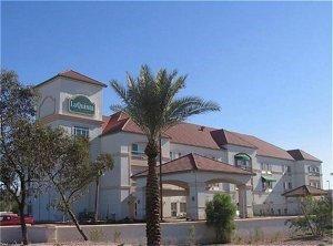 фото La Quinta Inn & Suites Phoenix I-10 West 596953033