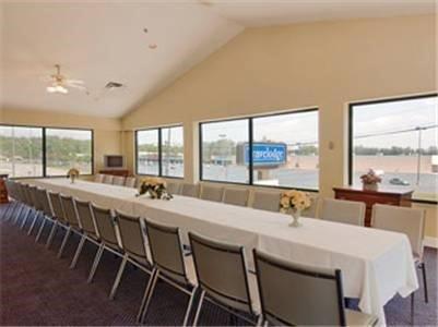 фото Magnuson Hotel of Kennesaw 596962820