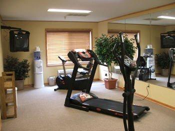 фото Holland Inn & Suites 596985733