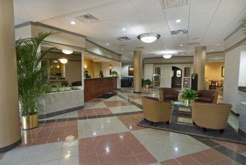 фото Airport Plaza Inn 596996326