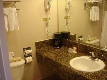 фото Howard Johnson Express Inn San Jose 597005589