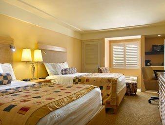 фото Holiday Inn North Phoenix (ex. Ramada Plaza Hotel at Metro Center) 597010917