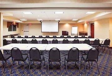 фото Holiday Inn Express Hotel & Suites Cincinnati Southeast Newport 597013401