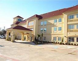 фото La Quinta Inn & Suites Cleburne 597021843