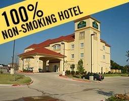 фото La Quinta Inn & Suites Cedar Hill 597030127