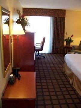фото Inn at Albany Mall 597048626