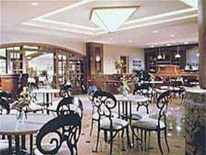 фото Crowne Plaza Hotel Springfield 597069681