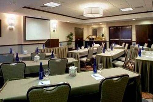 фото Hilton Garden Inn Albany-SUNY Area 597093180