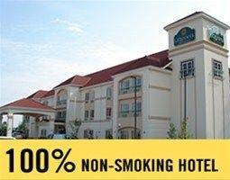 фото La Quinta Inn & Suites Fultondale 597093656