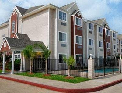 фото Microtel Inn & Suites by Wyndham Houston 597110996
