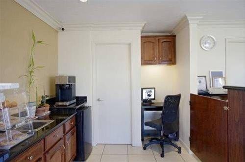 фото Americas Best Value Inn Salinas 597126770