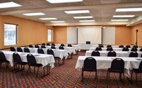 фото Quality Inn Auburn Hills 597134649