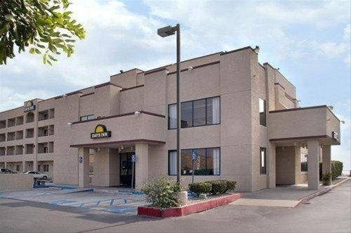 фото Days Inn San Bernardino/University Parkway 597140756