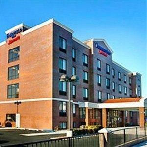 фото Fairfield Inn by Marriott New York LaGuardia Airport/Astoria 597146713