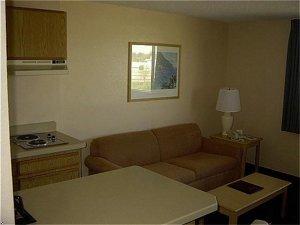 фото Oxford Inn & Suites Lancaster 597147374