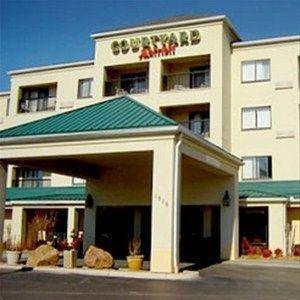 фото Courtyard Oklahoma City Northwest 597153563