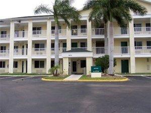 фото Crossland Economy Studios - Fort Lauderdale - Commercial Blvd. 597174214