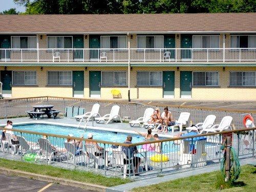 фото Knights Inn Niagara Falls Lundys Lane 597177962