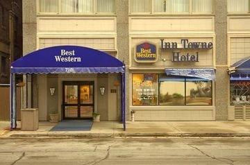фото Fairfield Inn & Suites Milwaukee Downtown 597188862