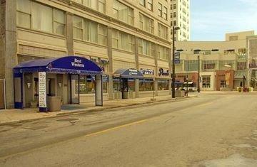 фото Fairfield Inn & Suites Milwaukee Downtown 597188863