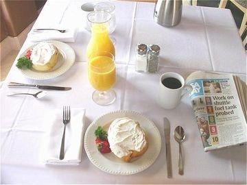 фото Holiday Inn Hotel & Suites Albuquerque Airport - University Area 597210181