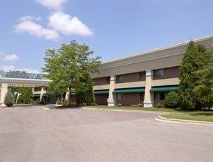 фото Baymont Inn & Suites Madison West 597243463