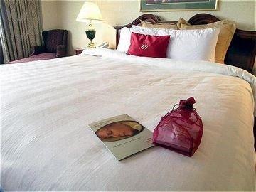 фото Crowne Plaza Hotel Cedar Rapids-Five Seasons 597263322