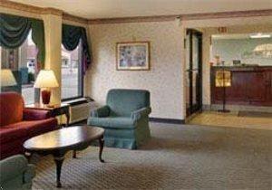фото Howard Johnson Express Inn - Orangeburg 597300309