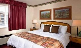 фото Gray Wolf Inn & Suites 598319983