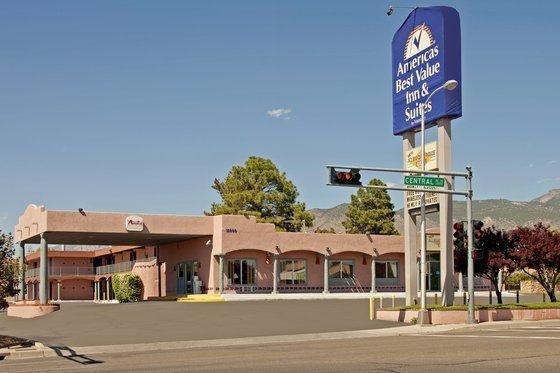 фото Americas Best Value Inn & Suites-American Motor 601233019