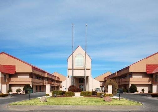 фото Quality Inn & Suites West 601237583