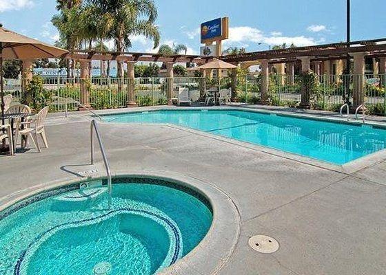 фото Stanford Inn & Suites Anaheim 601241358