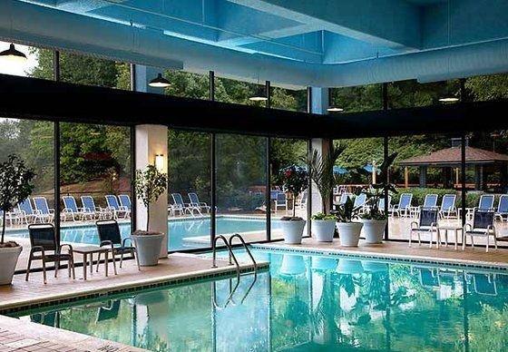 фото Marriott Charlotte Executive Park 601361020