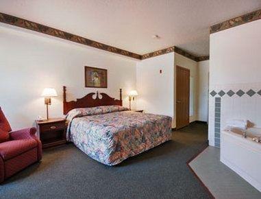 фото AmericInn Hotel & Suites Des Moines Airport 601388931