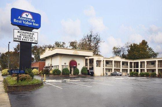 фото American Eagle Inn Fayetteville 601416352