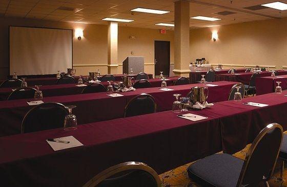 фото Atrium Hotel and Suites DFW Airport 601488218