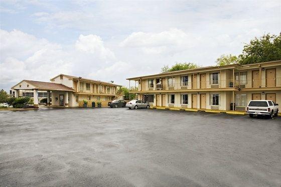 фото Fireside Hotel 601751895