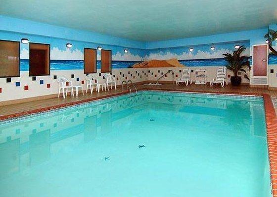 фото Quality Inn & Suites Near University 601852226