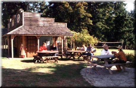фото Vashon Island AYH Ranch Hostel 602943342