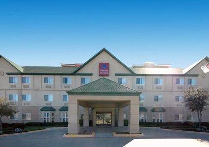 фото Comfort Suites Park Central 603175115