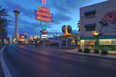 фото HI Las Vegas Tod Hostel 603186315