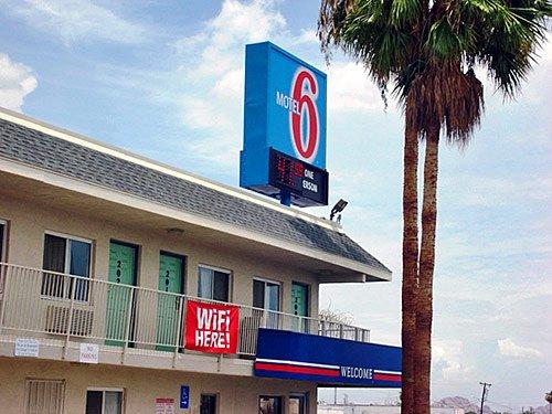 фото Motel 6 Phoenix Airport - 24th Street 603186412