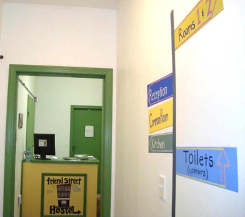 фото Friend Street Hostel 603190492