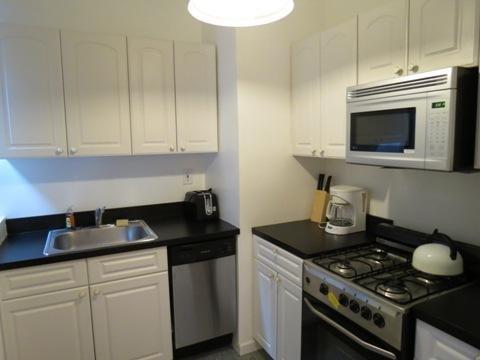 фото Midtown East Apartment C 603190509
