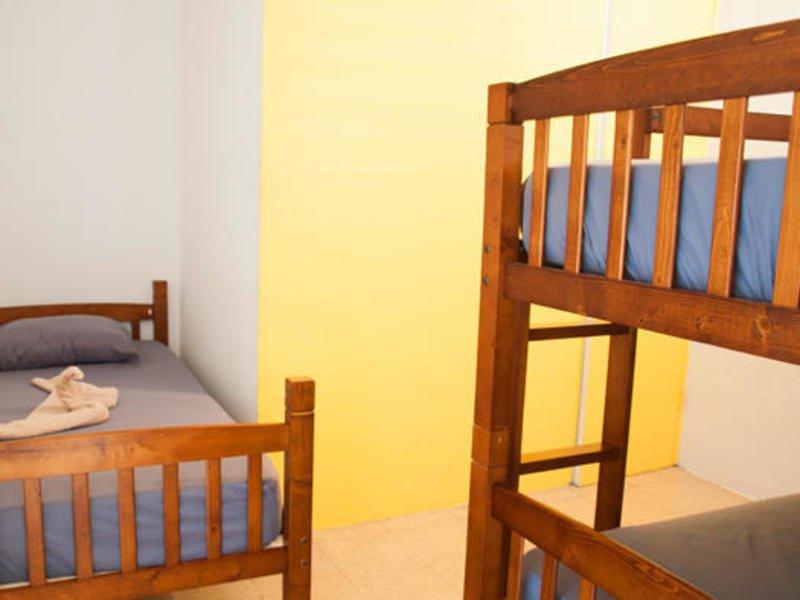 фото Island Time Hostel 603294861