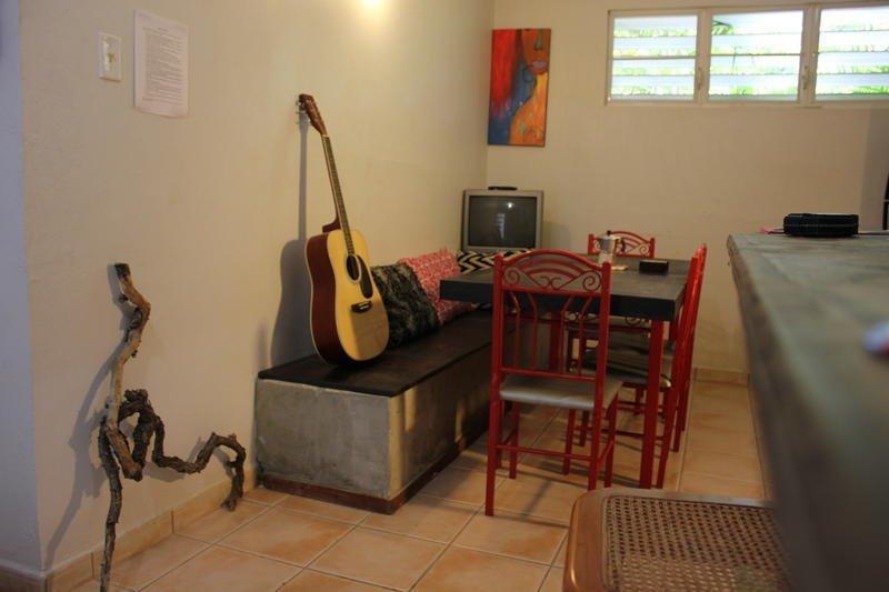 фото Hostal Tropical 603315210