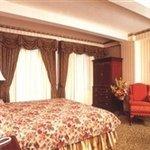 фото The Edison Hotel 605484004